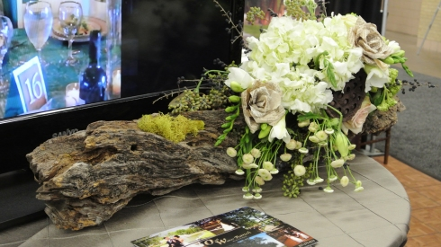 gusto & grace Star-Telegram Bridal Show Trunk Arrangement